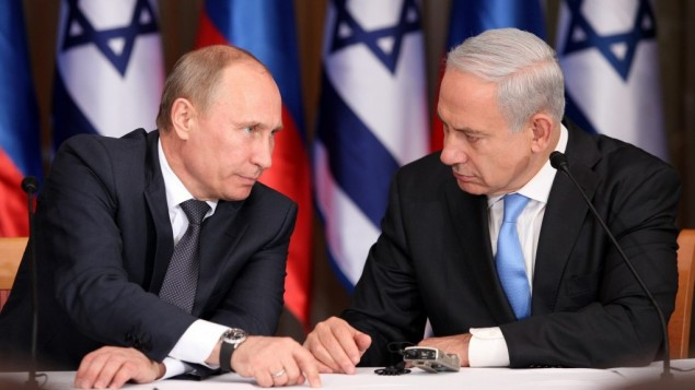 Prime Minister Benjamin Netanyahu (right) and Russian President Vladimir Putin in Jerusalem on June 25, 2012